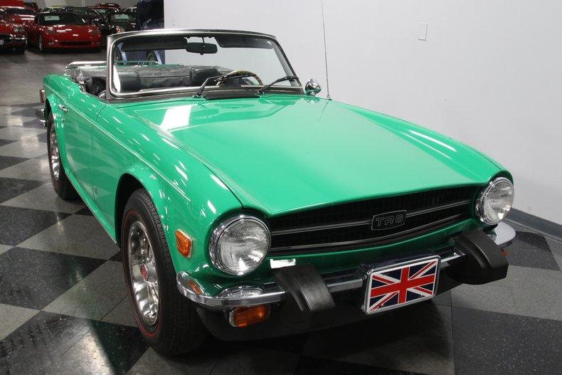 1976 Triumph TR6 18
