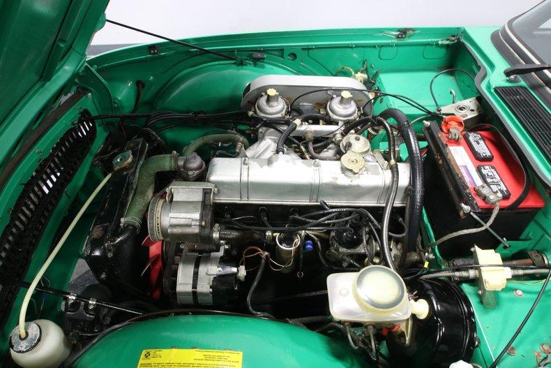 1976 Triumph TR6 38