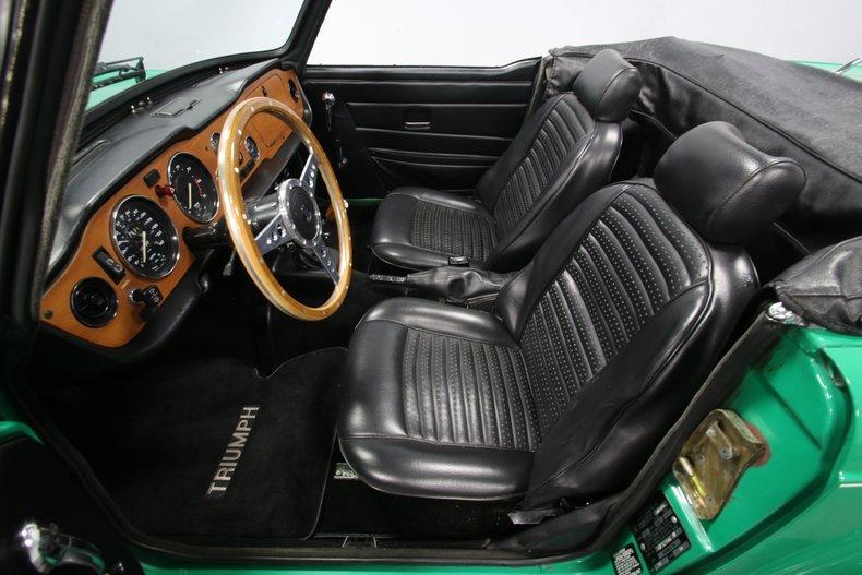 1976 Triumph TR6 4