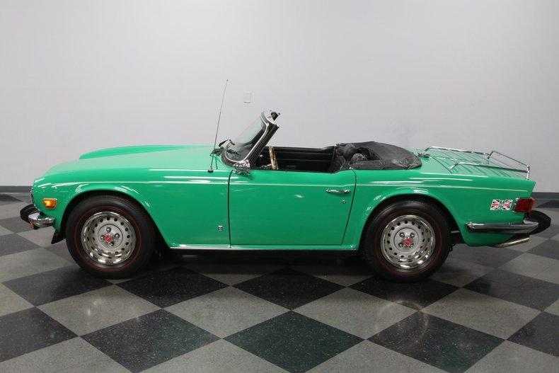1976 Triumph TR6 25