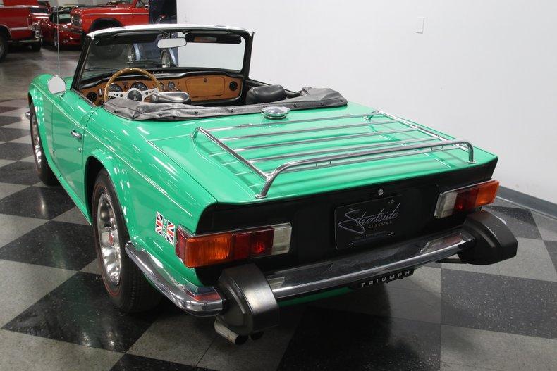 1976 Triumph TR6 10