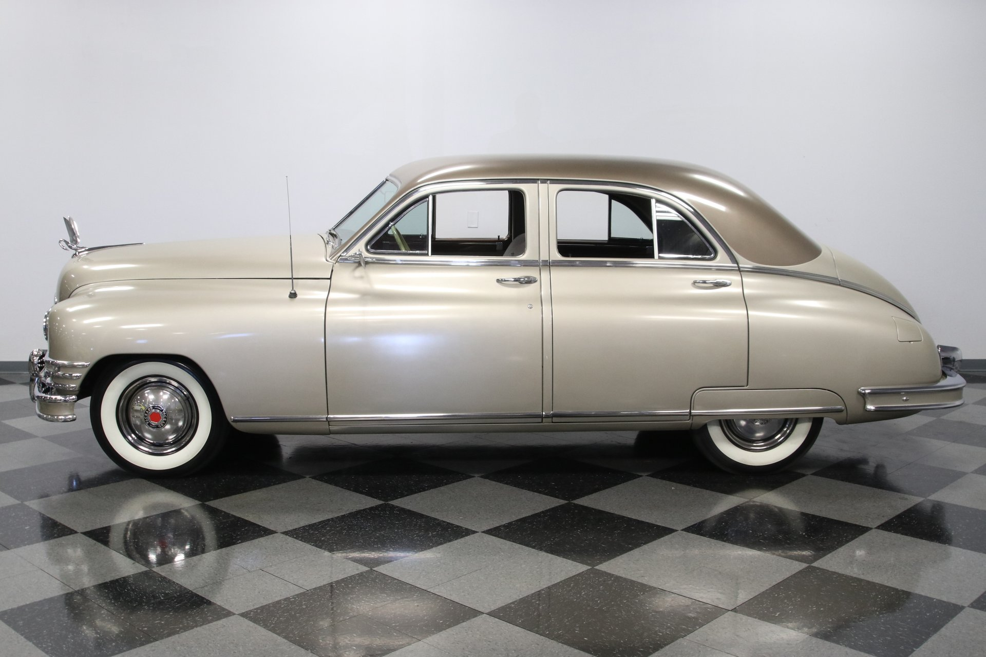 1948 packard deluxe 8 series 22