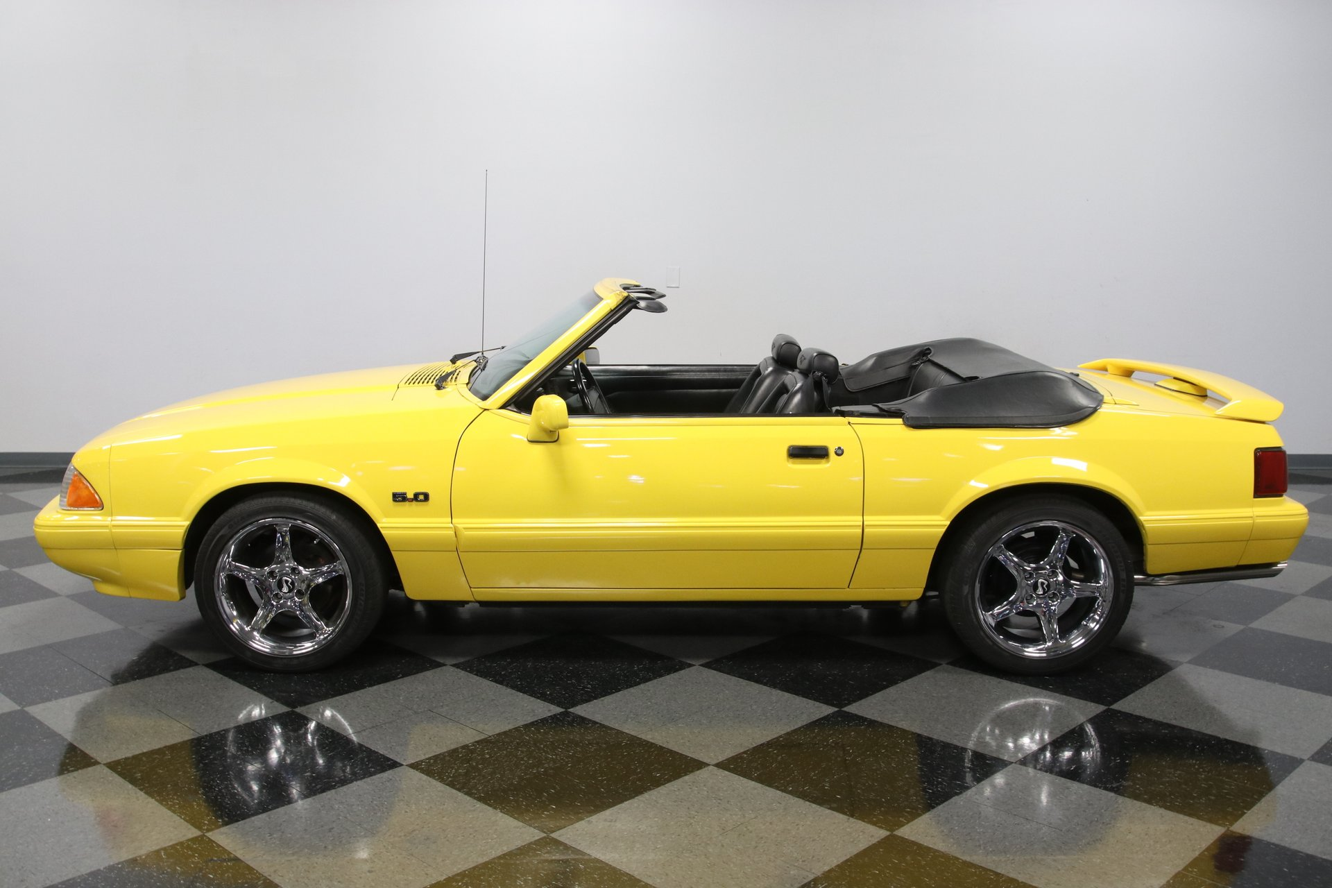 1993 ford mustang lx convertible limited edition