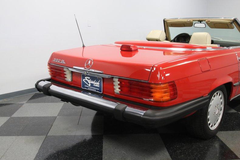 1987 Mercedes-Benz 560SL 37