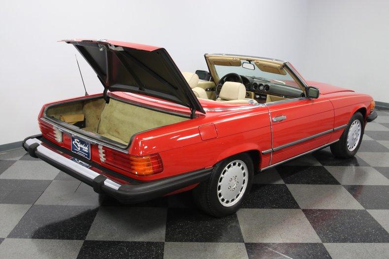 1987 Mercedes-Benz 560SL 47