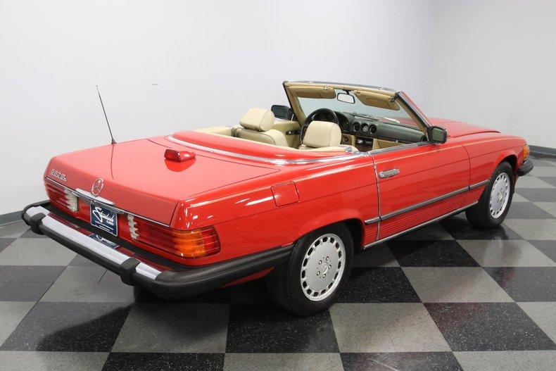 1987 Mercedes-Benz 560SL 36