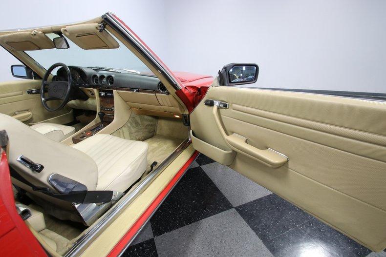 1987 Mercedes-Benz 560SL 72