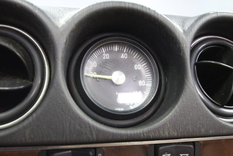 1987 Mercedes-Benz 560SL 57