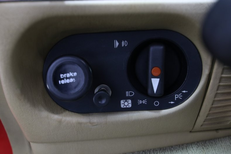 1987 Mercedes-Benz 560SL 61
