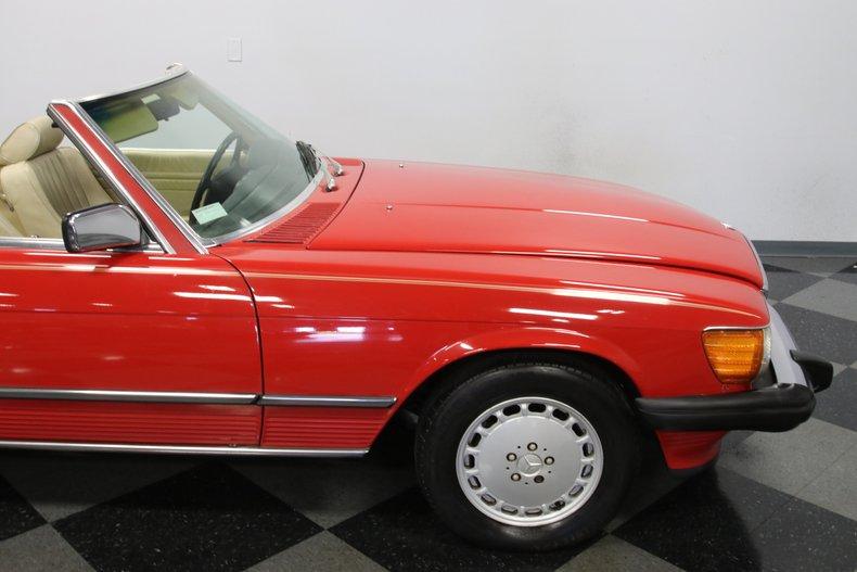 1987 Mercedes-Benz 560SL 41