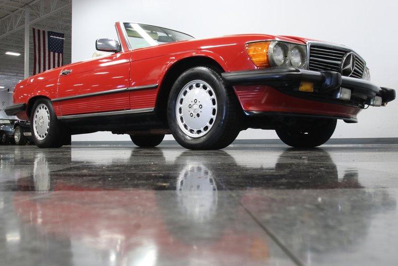 1987 Mercedes-Benz 560SL 42