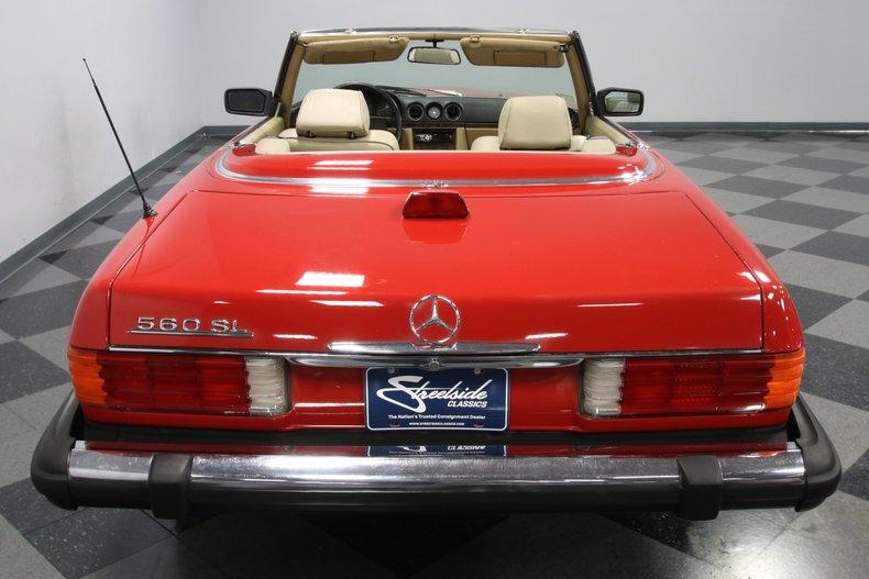 1987 Mercedes-Benz 560SL 11