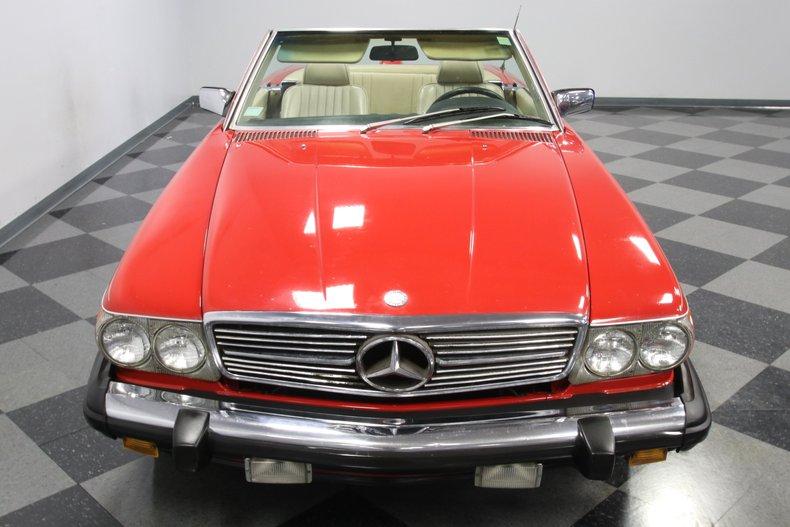 1987 Mercedes-Benz 560SL 21