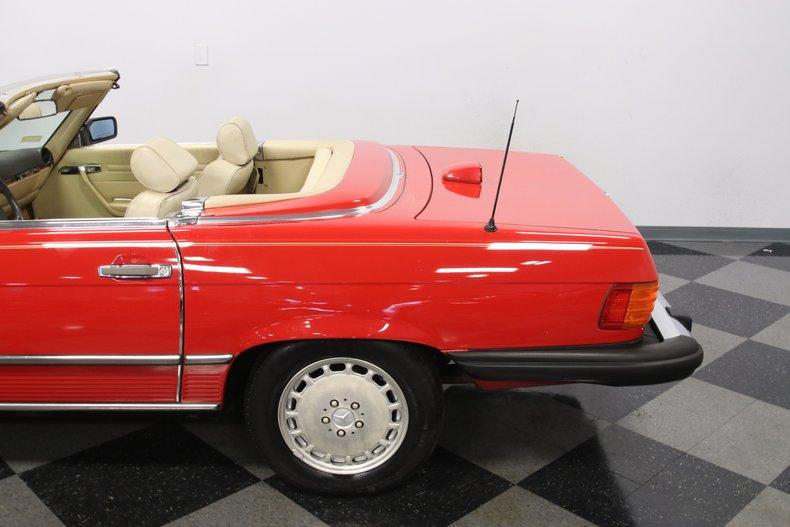 1987 Mercedes-Benz 560SL 31