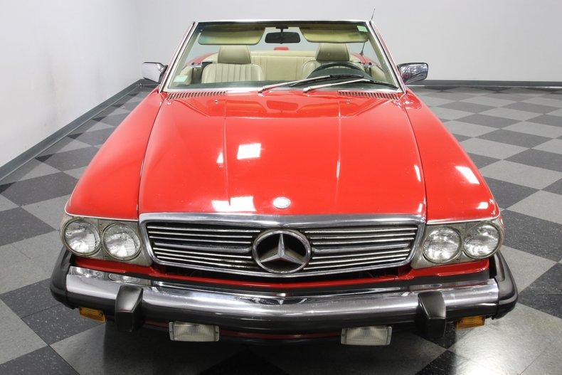 1987 Mercedes-Benz 560SL 19