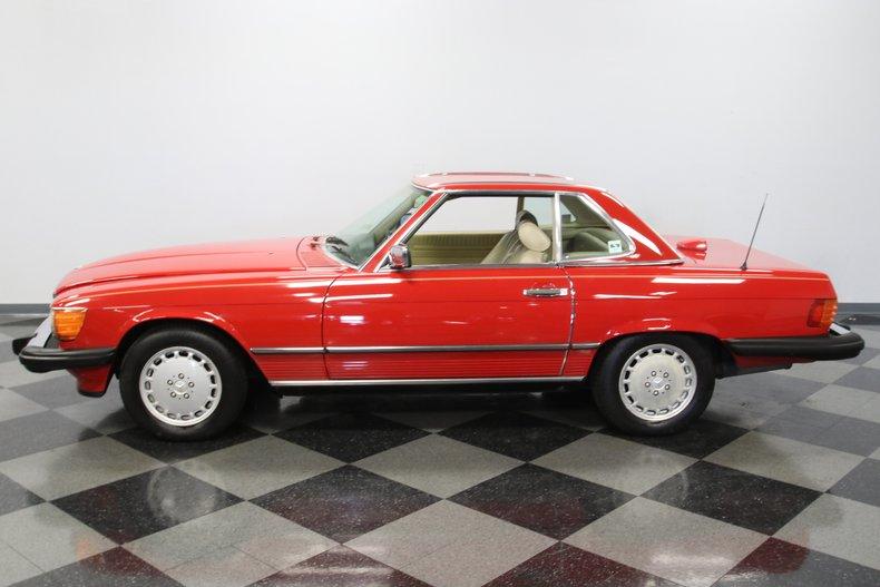 1987 Mercedes-Benz 560SL 29