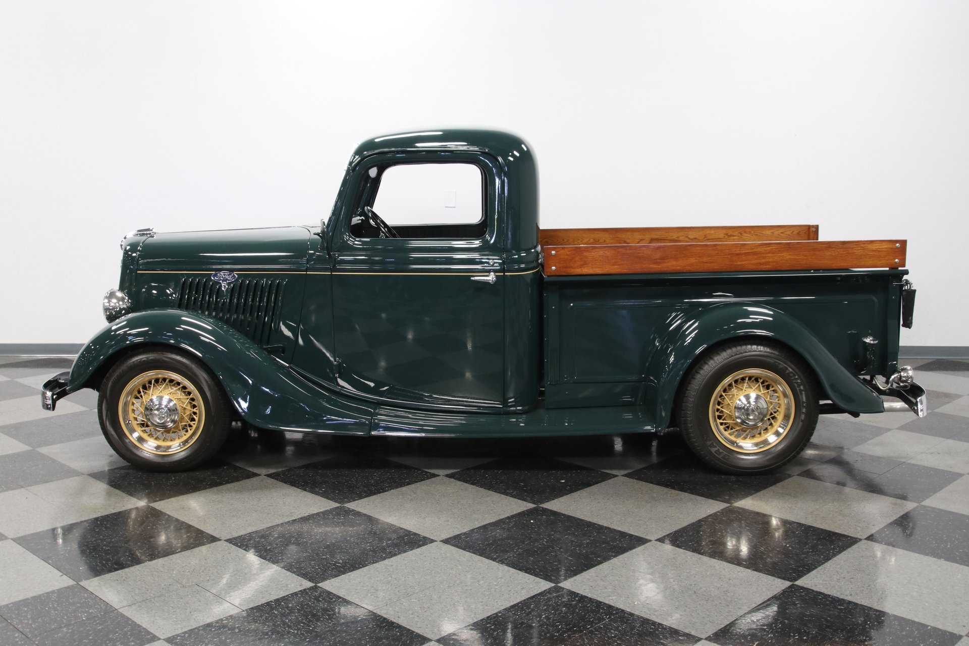 1935 ford 1 2 ton pickup