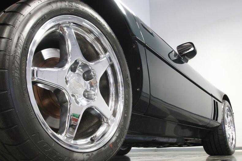 1990 Chevrolet Corvette 35