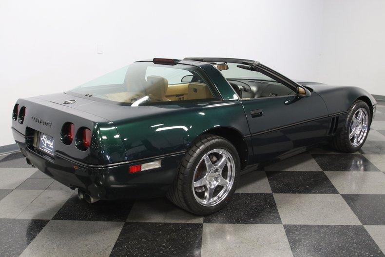 1990 Chevrolet Corvette 13