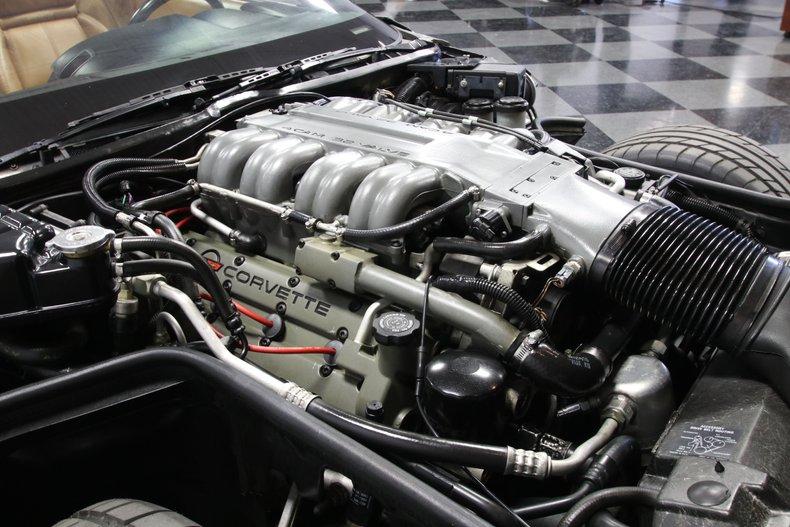 1990 Chevrolet Corvette 3