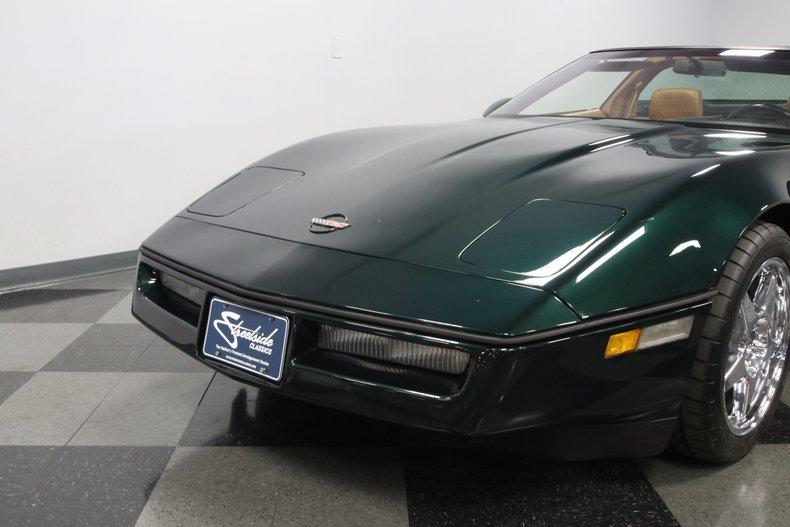 1990 Chevrolet Corvette 24