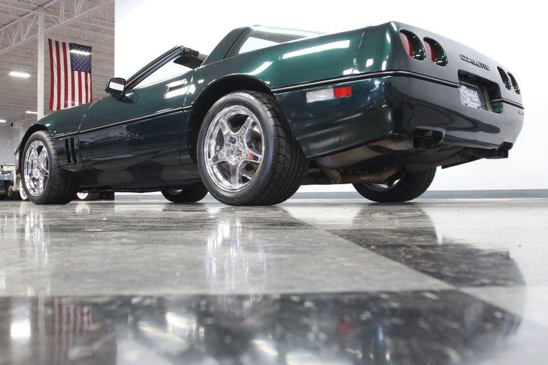 1990 Chevrolet Corvette 30