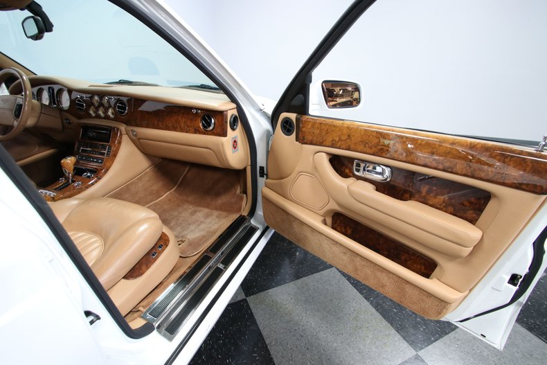 2000 Bentley Arnage 71