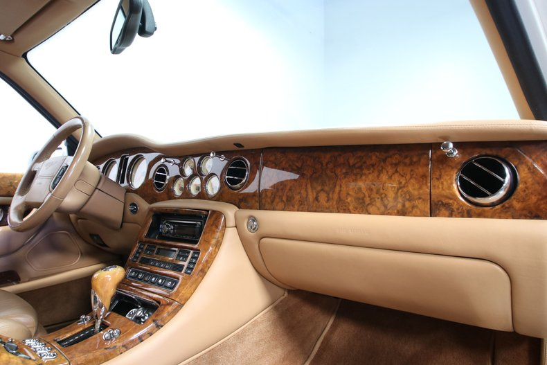 2000 Bentley Arnage 67