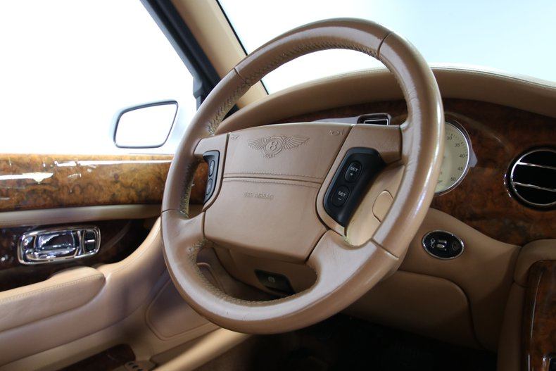 2000 Bentley Arnage 68