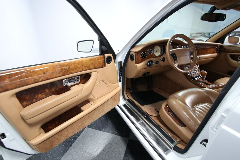 2000 Bentley Arnage 46