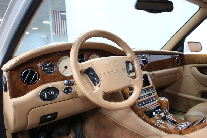2000 Bentley Arnage 49