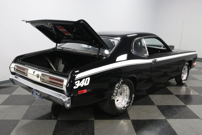 1972 Plymouth Duster 41