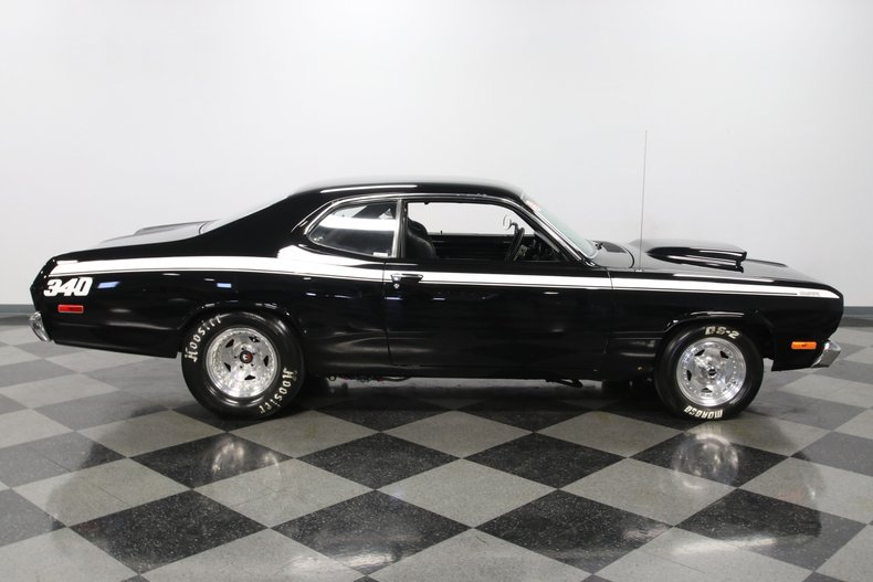 1972 Plymouth Duster 33