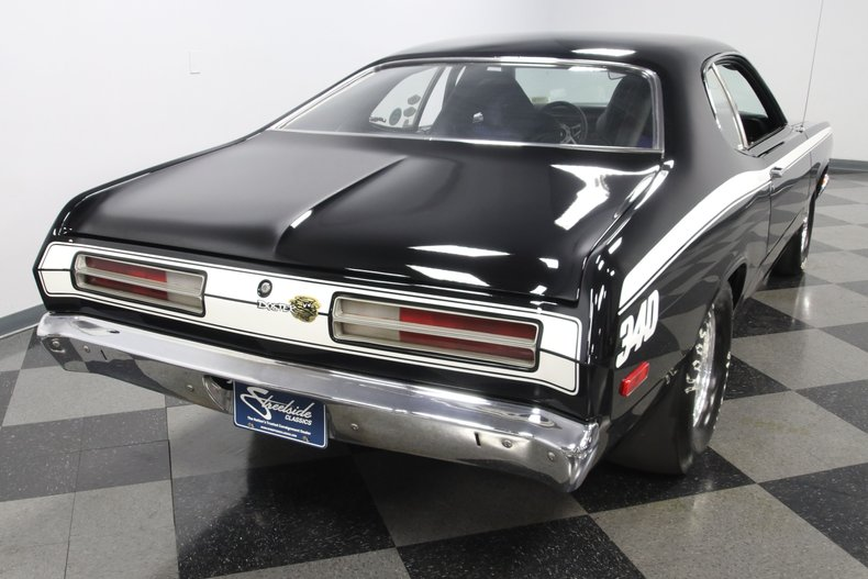 1972 Plymouth Duster 12