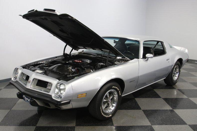 1975 Pontiac Firebird 37