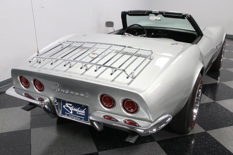 1968 Chevrolet Corvette 12