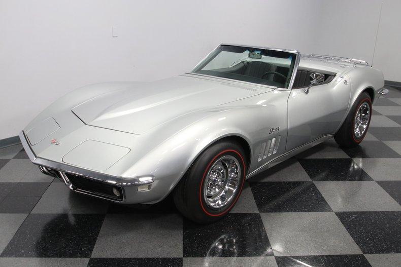 1968 Chevrolet Corvette 22