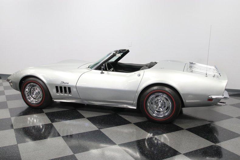 1968 Chevrolet Corvette 8