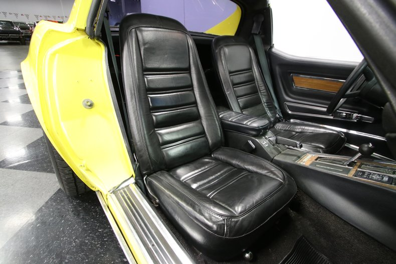 1976 Chevrolet Corvette 56