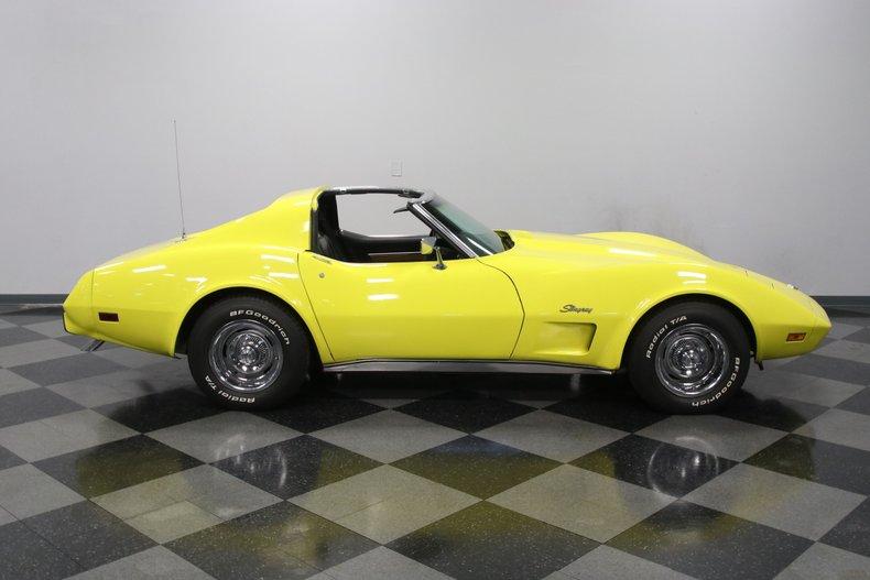 1976 Chevrolet Corvette 33