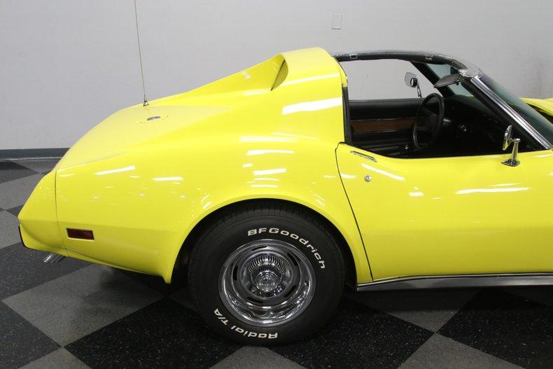1976 Chevrolet Corvette 34