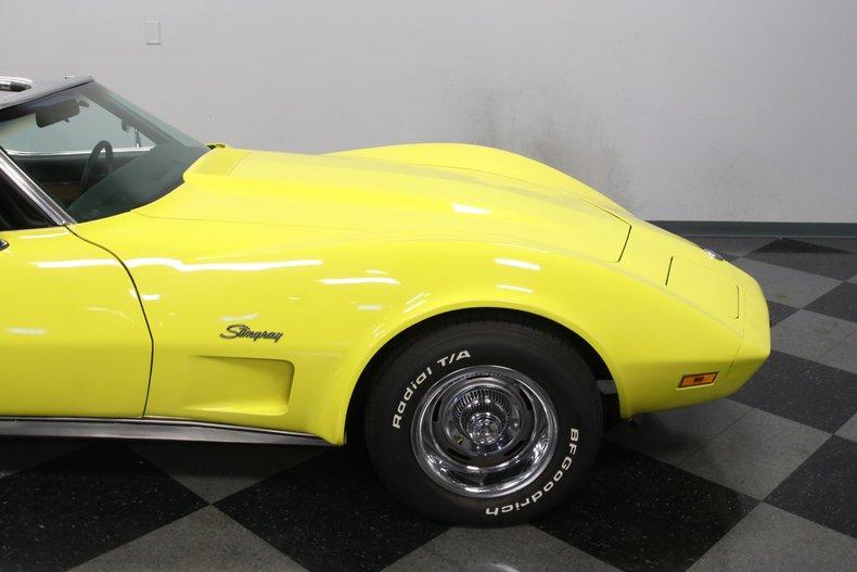 1976 Chevrolet Corvette 35