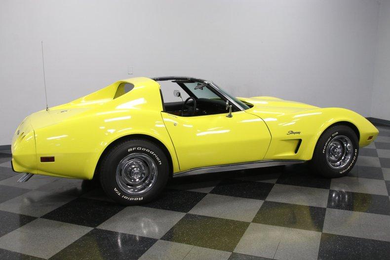 1976 Chevrolet Corvette 14