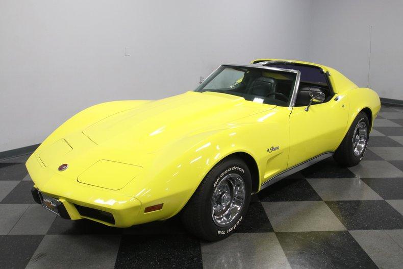 1976 Chevrolet Corvette 22