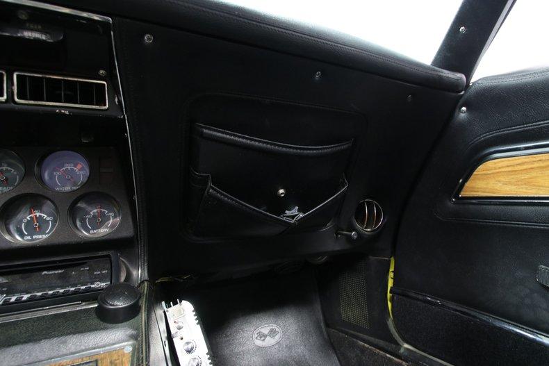 1976 Chevrolet Corvette 52