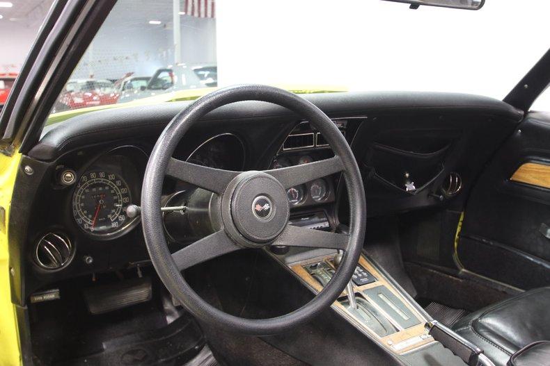 1976 Chevrolet Corvette 44