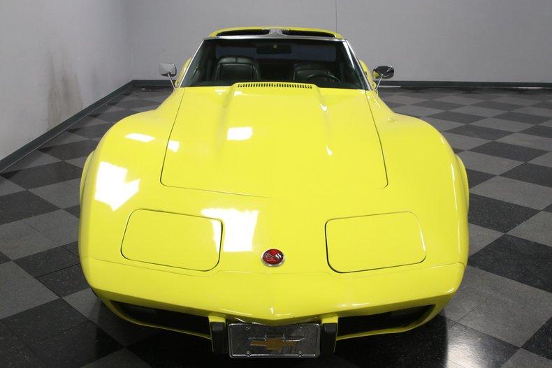 1976 Chevrolet Corvette 19