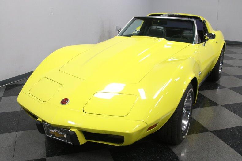 1976 Chevrolet Corvette 20