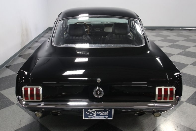 1965 Ford Mustang 29