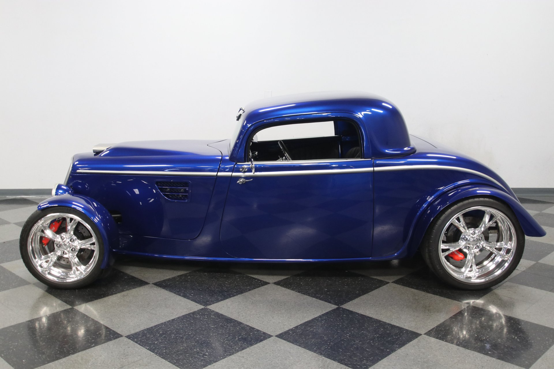 1933 ford 3 window roadster